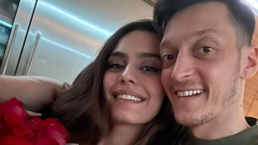 """""""Liebe meines Lebens"""": Mesut Özil gratuliert seiner Liebsten"""