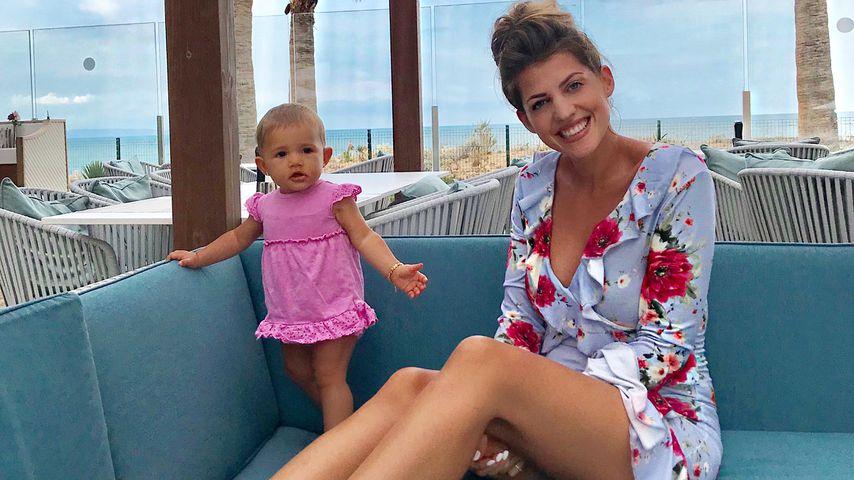 Mia Rose und Sarah Harrison