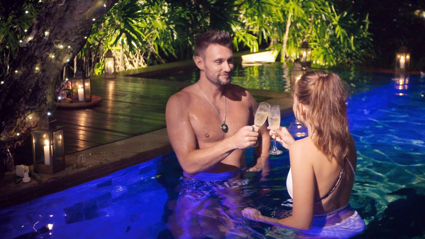 "Michael Bauer und Natalie Stommel bei ""Bachelor in Paradise"""