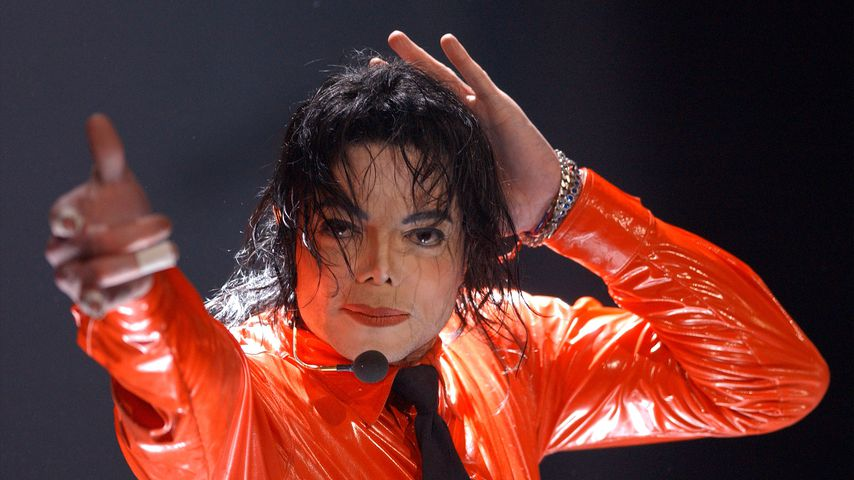 Michael Jackson bei einem Auftritt im April 2002