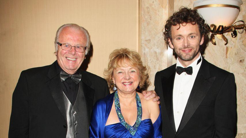 Michael Sheen (r.) und seine Eltern Meyrick und Irene