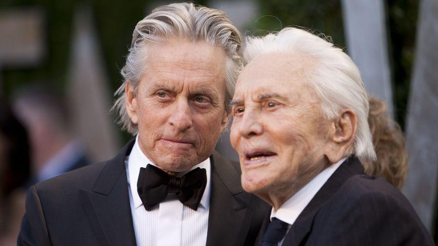 Michael und Kirk Douglas bei den Oscars 2012