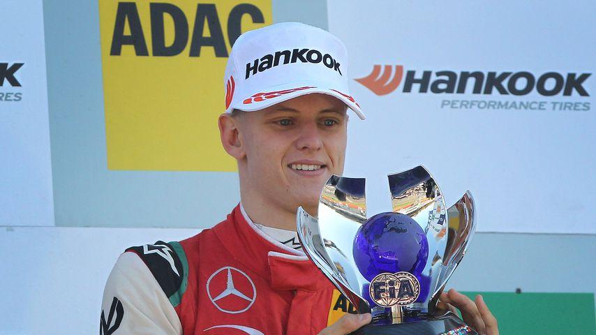 Mick Schumacher nach einem Rennsieg in Hockenheim 2018