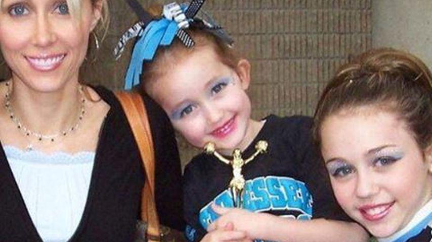 Wie süß! Miley Cyrus zeigt sich als kleines Cheerleader-Girl