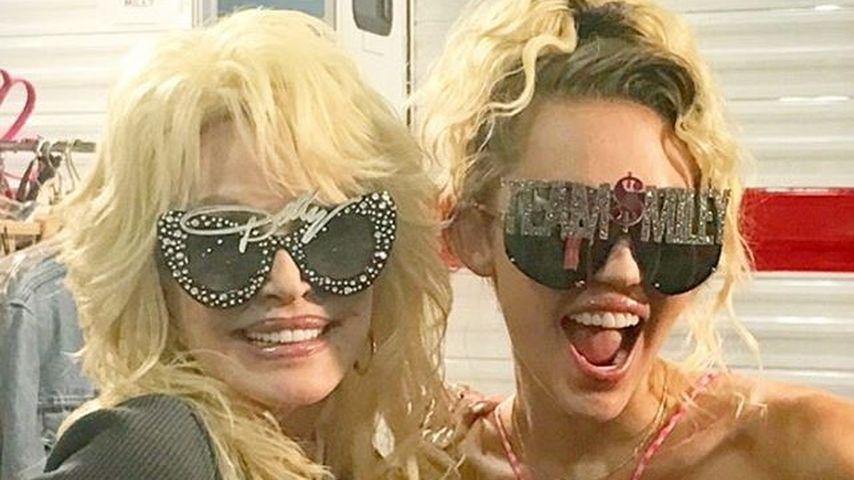 "Power-Patin! Miley Cyrus & Dolly Parton rocken ""The Voice"""