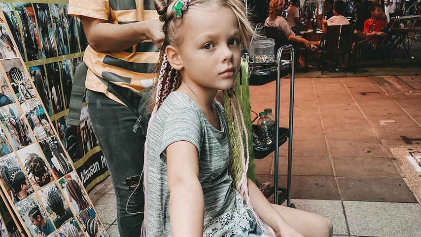 Anne Wünsches Tochter Miley in Bangkok