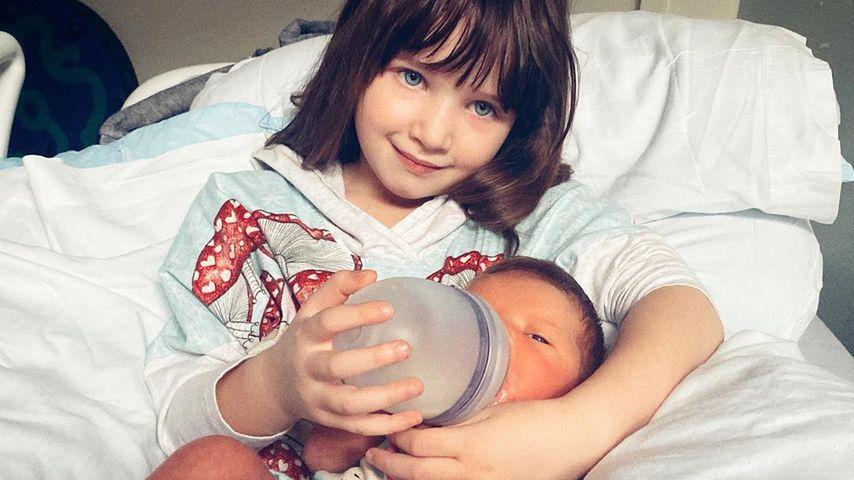 Milla Jovovichs Töchter Dashiel und Osian im Februar 2020