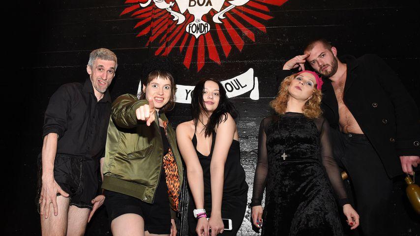 Mitglieder der Band Pussy Riot in Kalifornien