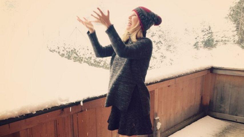 Erster Schnee! Monica Ivancan freut sich auf den Winter