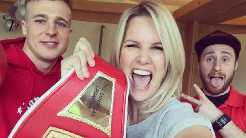 """Im Ring mit einem Box-Profi? Monica Ivancan """"schlägt"""" zu!"""