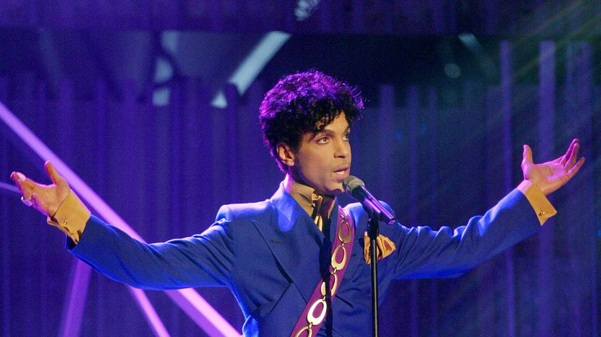 """Musiker Prince bei einer Performance von """"Purple Rain"""""""