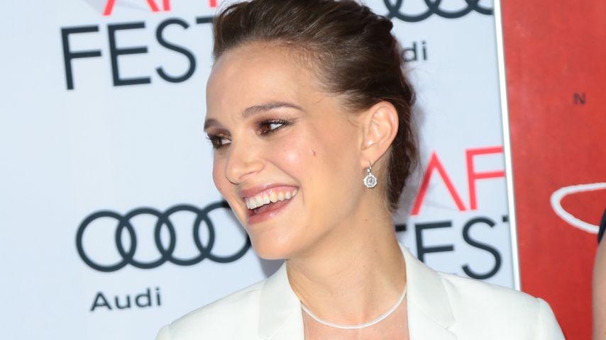 Böse Miene adé: Darum kann Natalie Portman wieder lächeln!