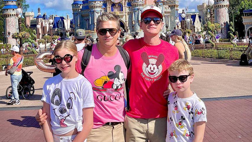 Neil Patrick Harris mit seiner Familie im Disney World Resort im Oktober 2021