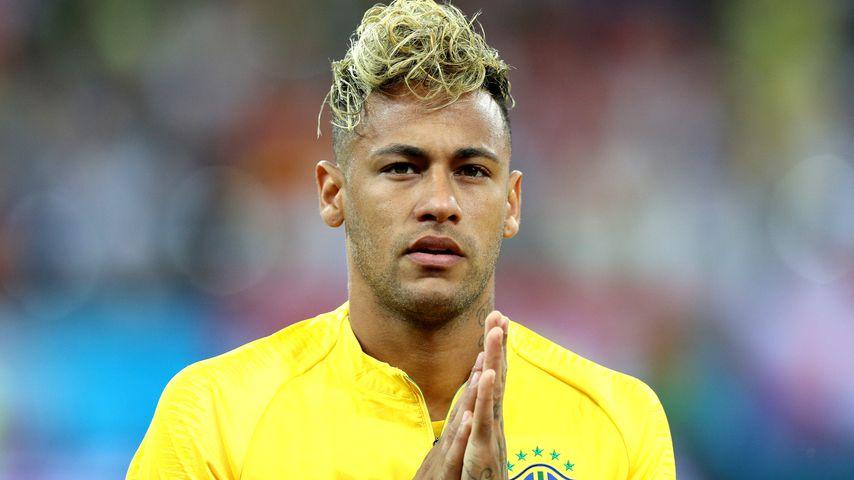"""""""Wie ein Wischmop"""": Neymar failt mit WM-Team & neuer Frisur"""