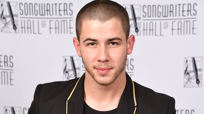 "Nick Jonas bei der ""Songwriters Hall Of Fame"""