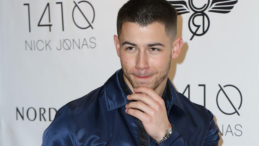 Bei Date mit Älterer: Nick Jonas durfte nicht in Restaurant