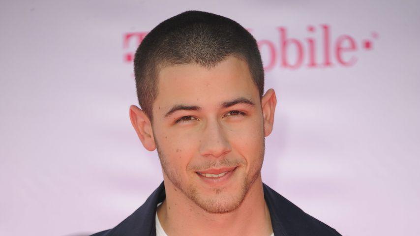 Doppelgleisig? Nick Jonas datet Lily Colins & Kate Hudson!