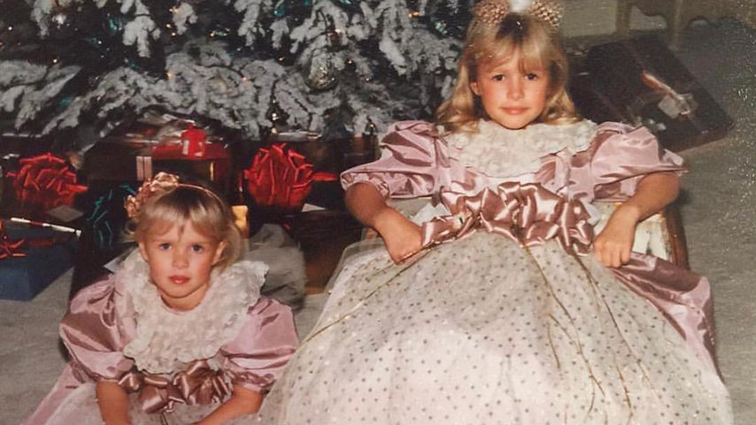 Paris & Nicky Hilton: Zuckersüßer Schwestern-Throwback!