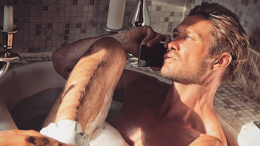 Guck mal, Katja! Hier badet Ex Nico Schwanz nackt auf Insta