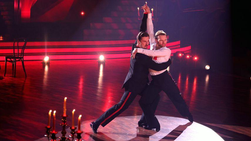 Nicolas Puschmann und Vadim Garbuzov tanzen Tango bei Let's Dance, 2021