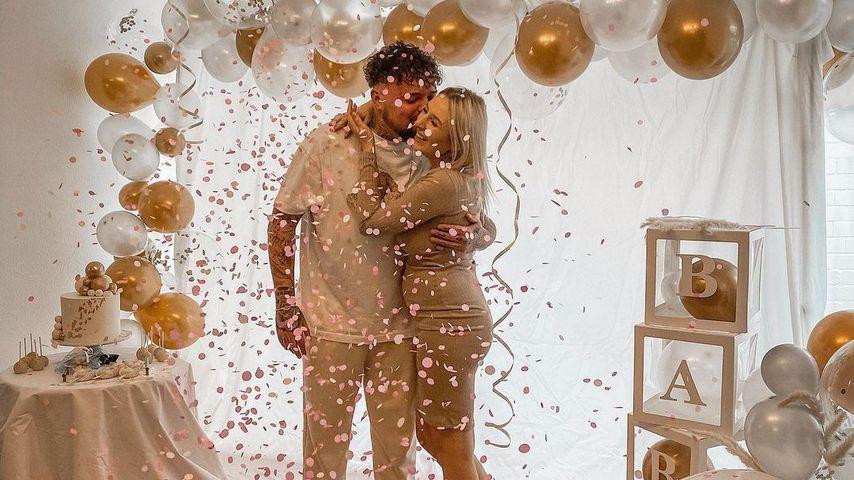 Nik und Jessi Schröder bei ihrer Gender-Reveal-Party