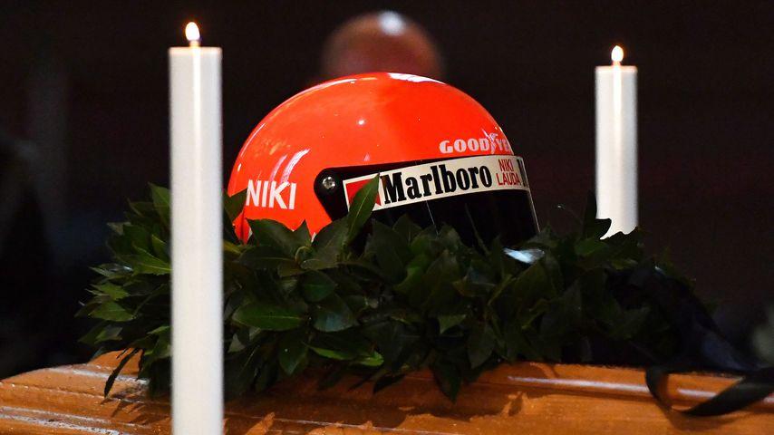 Niki Lauda beerdigt: Das stand auf Schumacher-Trauerkranz!