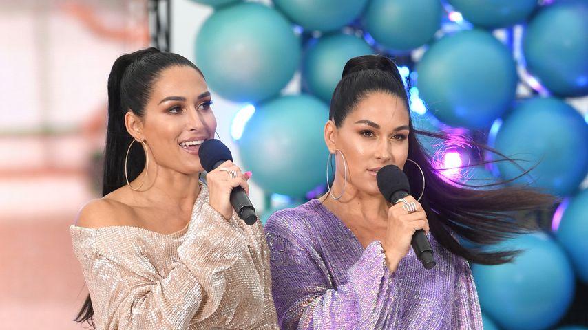 Nikki und Brie Bella im August 2019