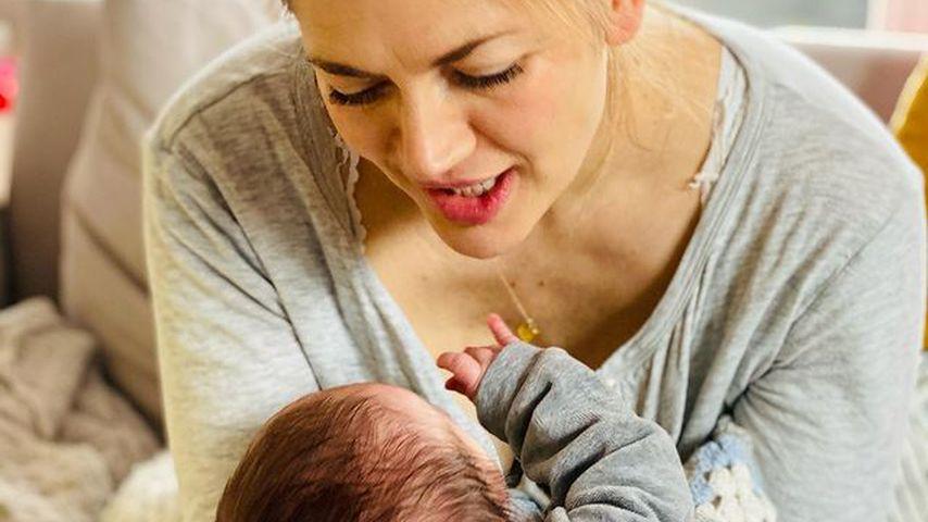 Nina Bott mit ihrem Baby