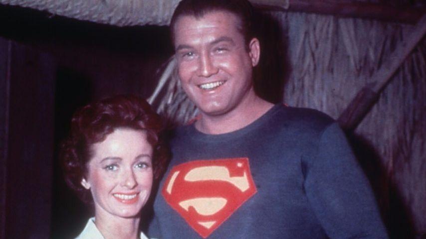 "Noel Neill und George Reeves am ""Superman""-Set"