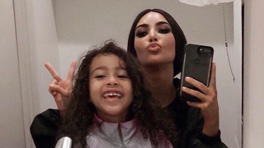 Nicht nur hübsch: Kim K. postet witziges Selfie mit North