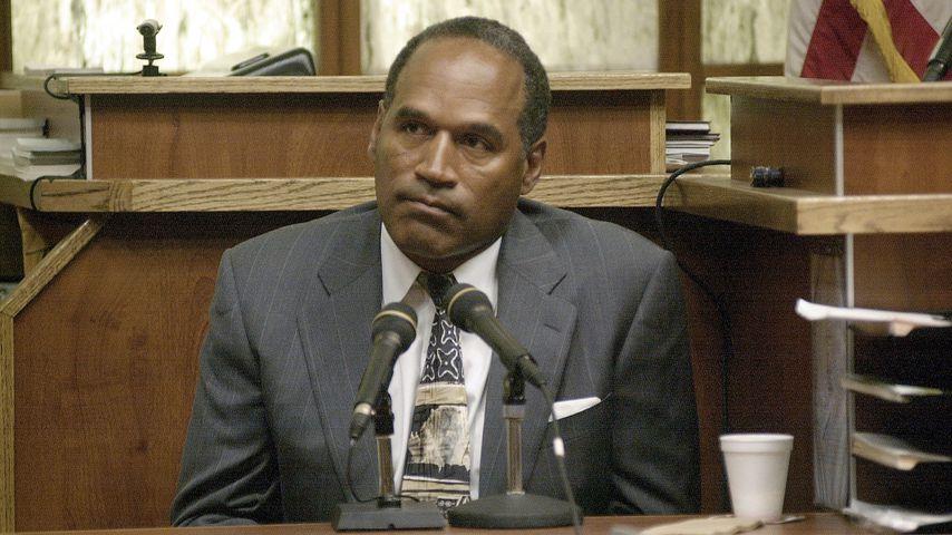 Ex-NFL-Star O.J. Simpson im Oktober 2001 vor Gericht