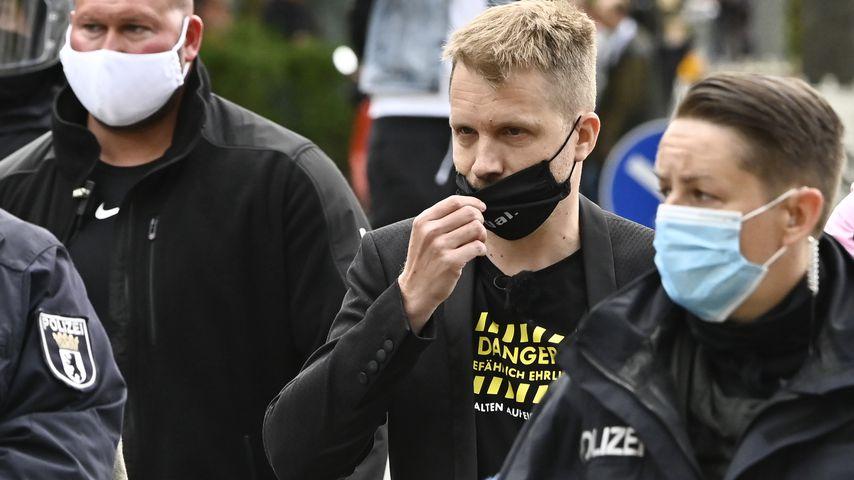 Oliver Pocher bei Protesten in Berlin im Mai 2020