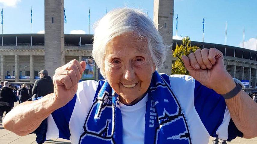Oma Hedel, Netz-Bekanntheit