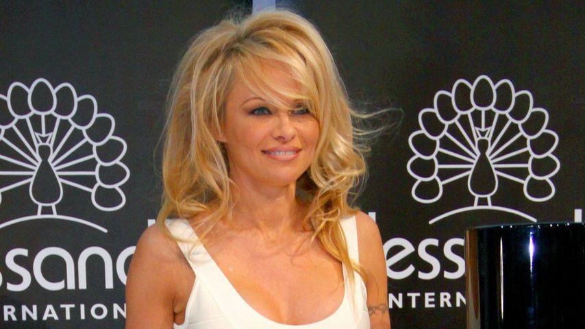 Pamela Anderson: Körper wird jünger, Gesicht älter