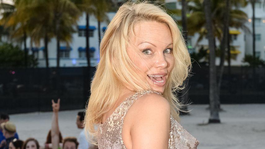 """Pamela Anderson bei der """"Baywatch""""-Premiere im Mai 2017 in Miami"""