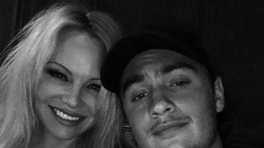 Pamela Anderson und ihr Sohn Brandon Lee
