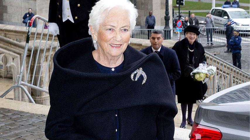 Königin Paola von Belgien bei einem Gottesdienst in Belgien