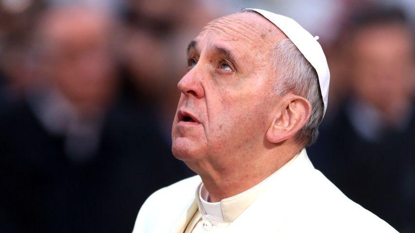 Papst Franziskus I., Dezember 2013