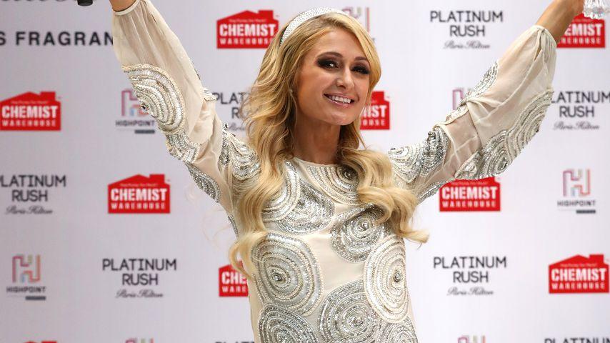 Ist die Party-Paris Hilton zurück? Po-Blitzer im Mini-Kleid!