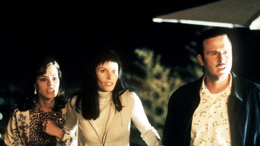 "Parker Posey, Courteney Cox Arquette and David Arquette (von links) in ""Scream 3"""