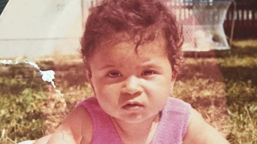 Nackt im TV & komplett operiert: Wer ist dieses Baby heute?