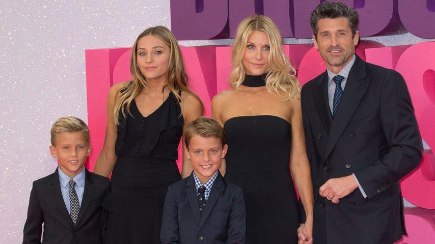 Patrick Dempsey, Jillian Fink und ihre Kids Tallula, Darby und Sullivan bei einer Film-Premiere