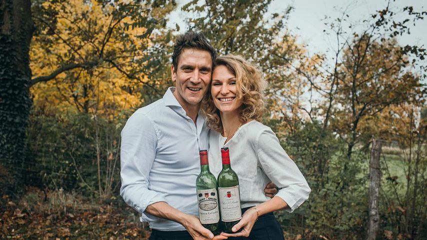 Mit Wein-Flaschen: Janni äußert sich nach Peers Alk-Beichte