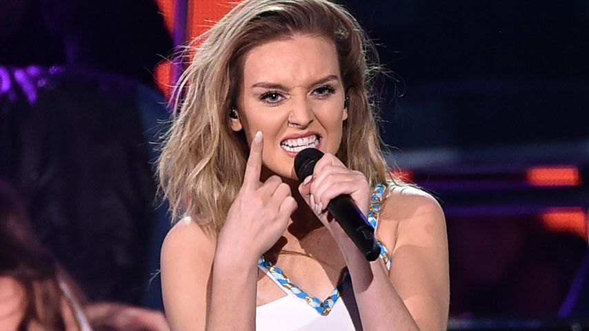 Perrie Edwards, Sängerin