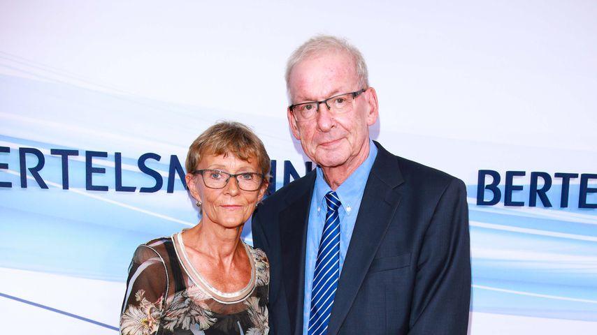 Peter Zwegat mit seiner Ehefrau bei der Bertelsmann-Party 2017 in Berlin