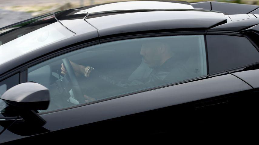Pierre-Emerick Aubameyang in seinem Lamborghini