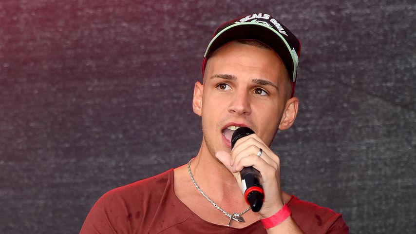 Vor TV-Auftritt ohne Sarah: Pietro singt gefühlvoll für Fans
