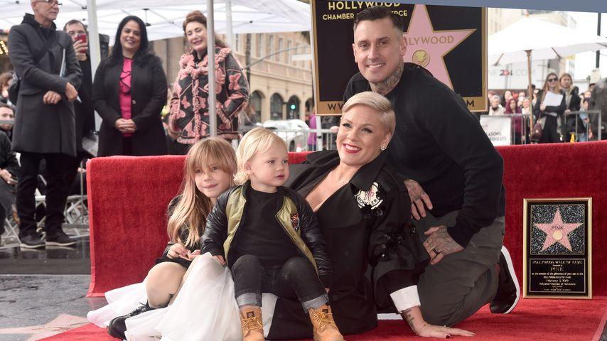 Pink und Ehemann Carey Hart mit ihren zwei Kindern, Februar 2019