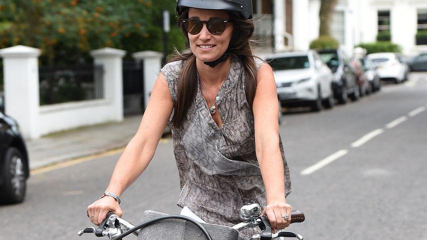 Sportlich, Pippa! Hier radelt die Bald-Lady durch London