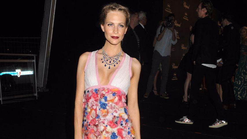 Echt poppig: Poppy Delevingne begeistert in blumiger Robe